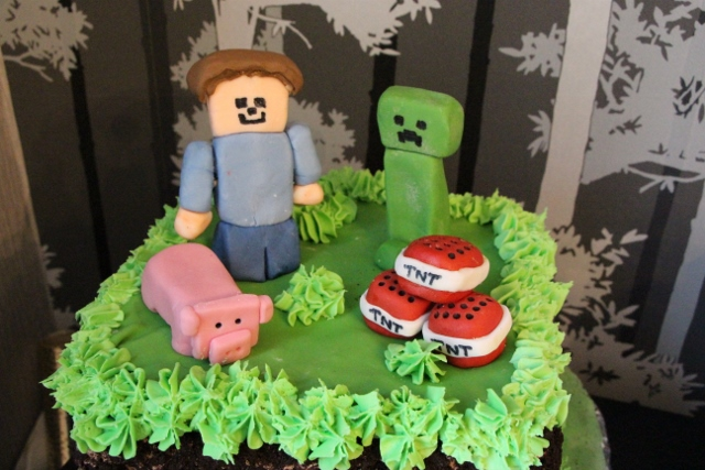 Minecraft Cake Ideas - The Rustic Caterer