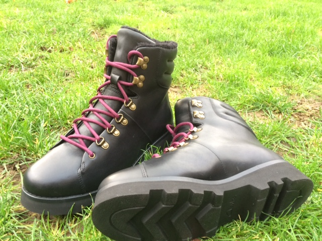 Clarks Cold Diamond walking boot